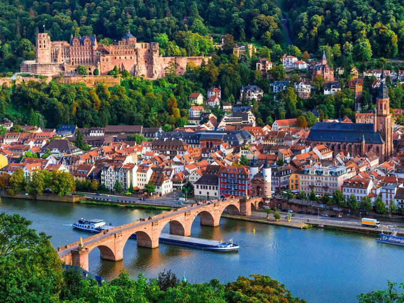 Cruises To Europe >> Best River Cruises In Europe Far Wide