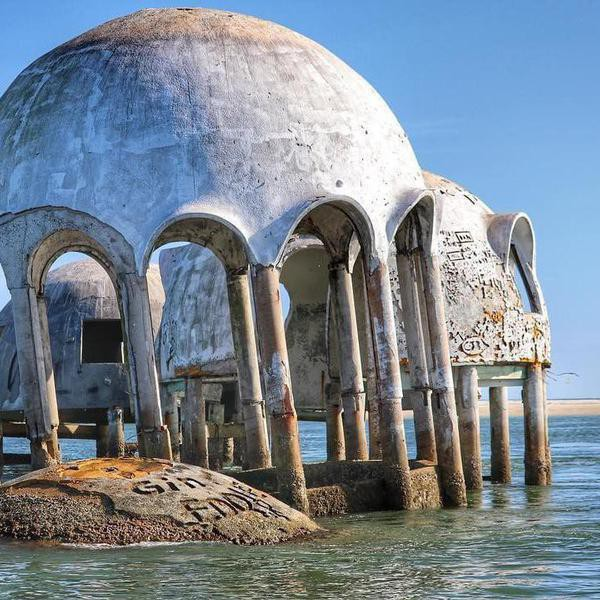 41 Abandoned Places That Are Equally Eerie and Beautiful