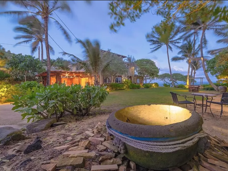 This huge beachfront property in Laie, Hawaii, has six beach bungalows available to sleep up to three dozen guests.