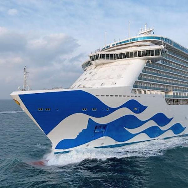 13 Worst Cruise Ships in the World