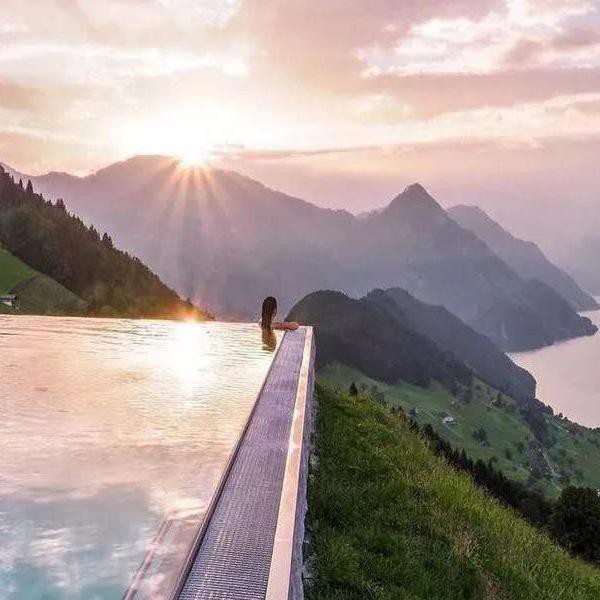 25 Tallest Infinity Pools in the World