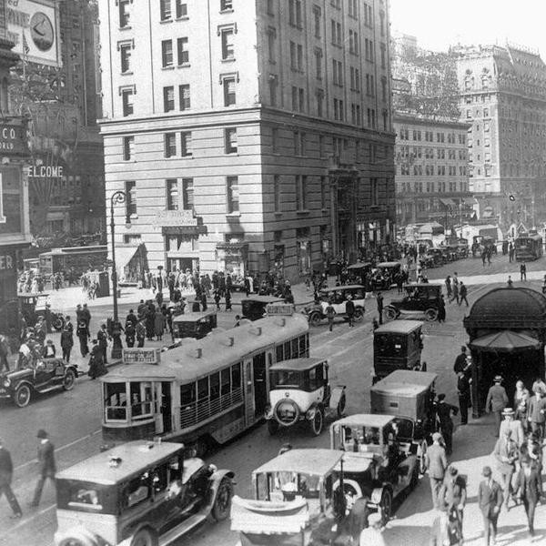 Travel Timeline: New York City Through the Years