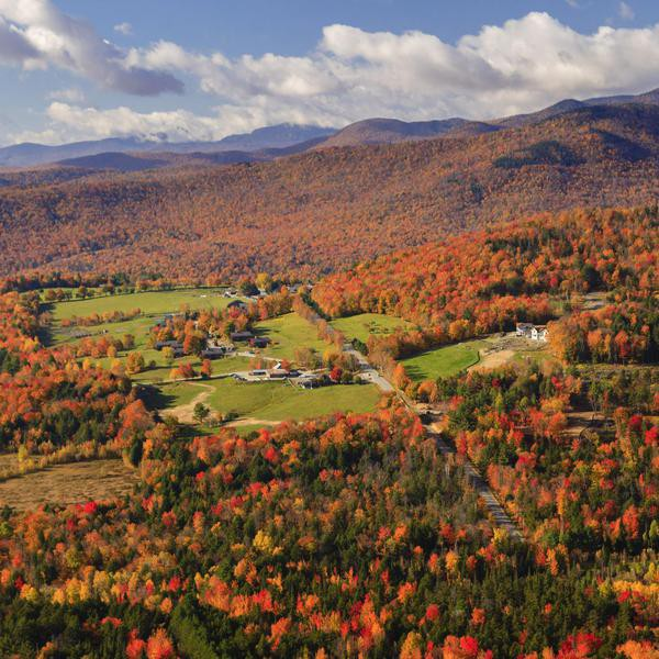 Best Places in North America to See Spectacular Fall Colors