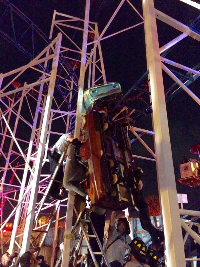 World's Most Horrifying Amusement Park Accidents | Far & Wide