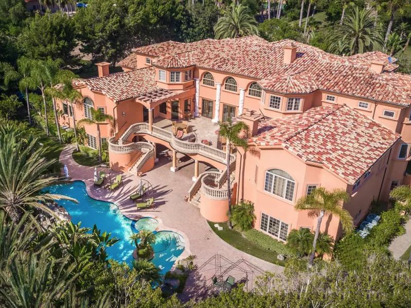"This ""Mega Mansion"" in Rancho Santa Fe, San Diego, is 21,000 square feet and can accommodate up to 14 guests."