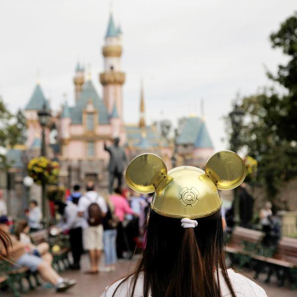 Random Thoughts I Had While Visiting Disneyland