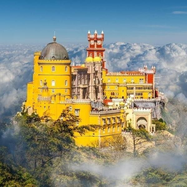 The World's Most Stunning Castles