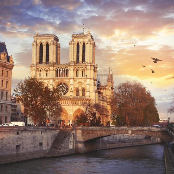 Paris Tourist Traps, Ranked