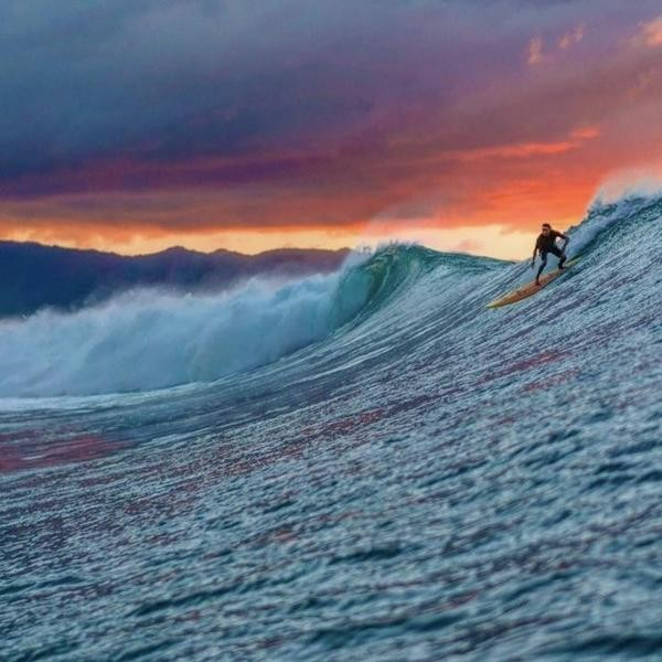 Best Surfing Spots in the U.S.