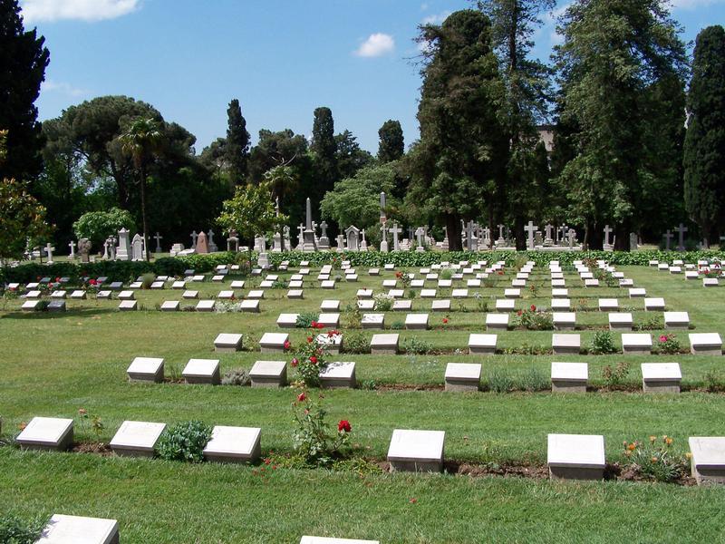 Crimean War victims fill Haydarpasa Cemetery.